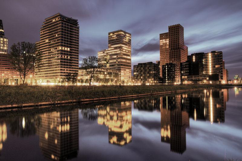Amsterdam_shutterstock_123452803